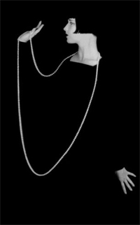 Louise Brooks wearing Pearls