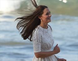 Kate doing the baywatch run
