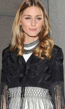 Olivia Palermo wearing pearls