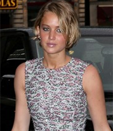 Jennifer Lawrence in prl studs