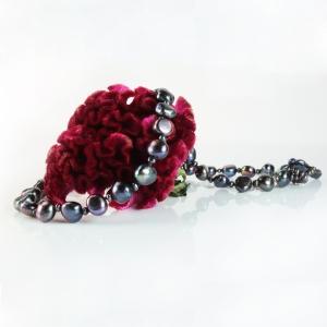pearl + seed pearl ne +flower