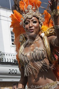 women-pearl-dress-notting-hill-carnival-20875296